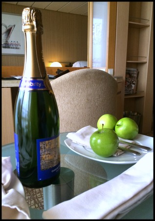 Champagne green apples.web