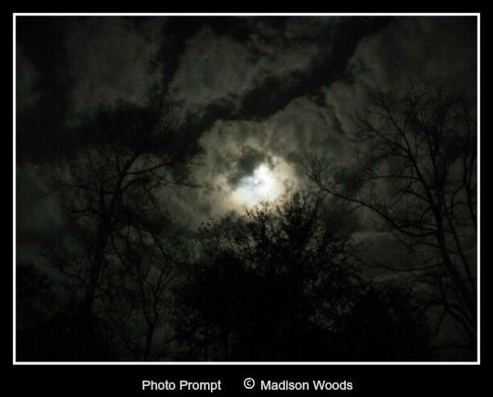 Friday Fictioneers - moon-and-sky1.web