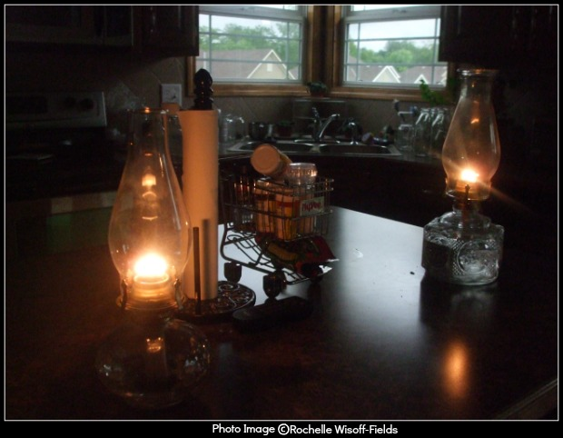 friday-fictioneers-f-101416-lamps
